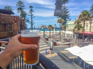 nightlife-activity-manly-BOARDRIDER-BACKPACKER-WORKING-HOSTEL-CHEAP-ACCOMMODATION-COUPLE-ROOM-MANLY